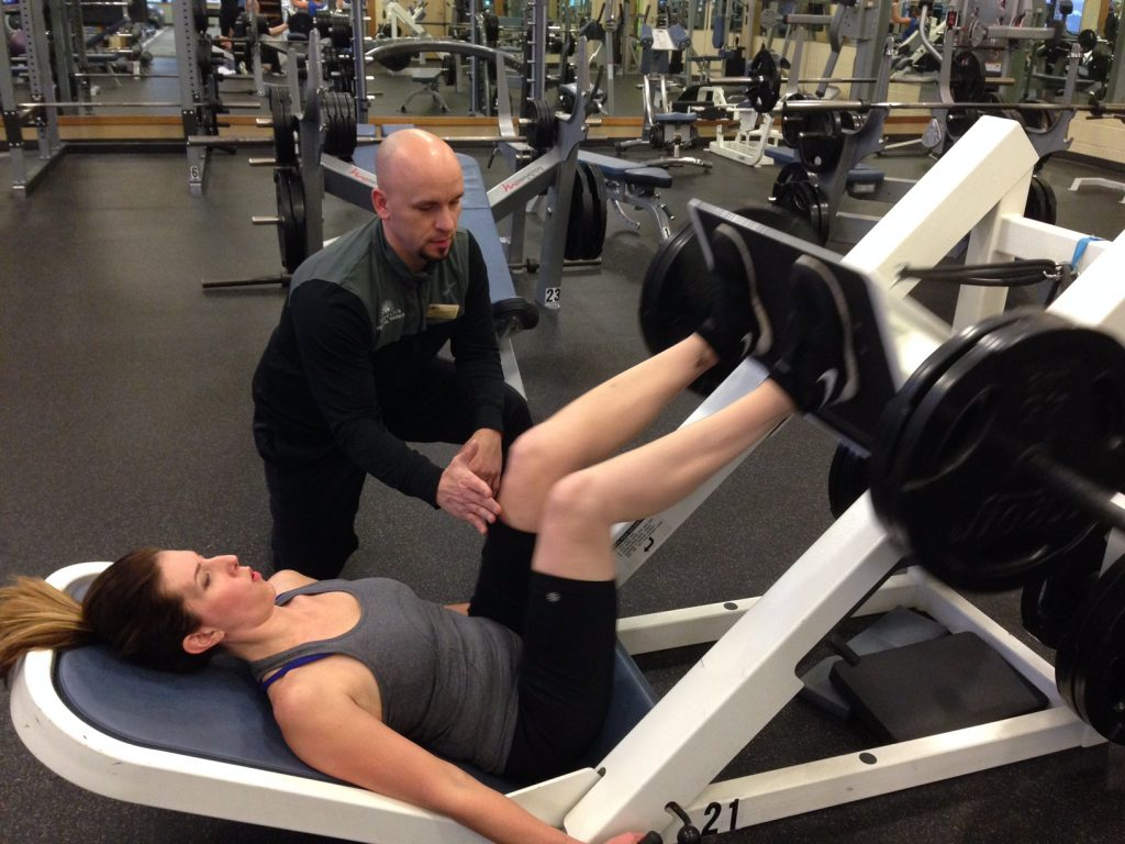 gluteal tendinopathy leg press exercise with personal trainer